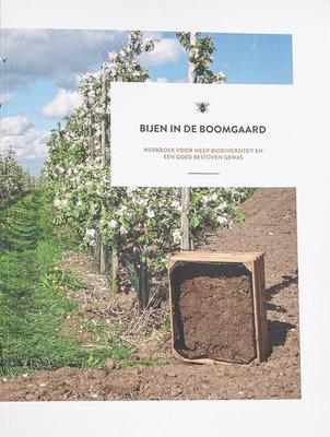 Bijen in de Boomgaard